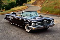 Edsel Corsair cabriolet 1959) Uncle Bill had a pale green one.