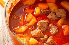 A hagyományos alföldi gulyásleves receptje - Recept   Femina Croatian Recipes, Hungarian Recipes, Hungarian Food, Soup Recipes, Dinner Recipes, National Dish, Chana Masala, Pot Roast, Meal Prep
