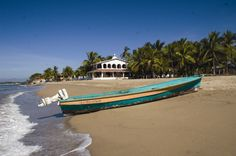 A few tips and advice on what you need to know before moving to the Riviera Nayarit Mexico, just north of Puerto Vallarta. Visitors Bureau, Cozumel, Puerto Vallarta, Vacation Destinations, Luxury Travel, To Go, Girls Trips, Beach, Places