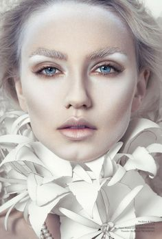 Питательная, увлажняющая маска с легким осветляющим эффектом для всех типов кожи. Действие: Питает и увлажняет кожу. Разглаживает кожу, придает ей эластичность и бархатистость. Отбеливает кожу. Эффективно снимает отёчность. http://femeecosmetics.com/Magiray-Liftofin-Cream-Mask-200ml  #маска #лицо #израильскаякосметика #косметика #magiray #face #beauty