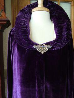 1920s Vintage Purple Velvet Evening Jacket