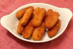 Patates kroket özellikle ızgara et, tavuk ve balık çeşitlerinin yanında çok severek yenilir. Çocukların en çok tercih ettiği lezzetlerin başında gelen patates kızartmasının da alternatifidir. Genellikle marketlerden hazır dondurulmuş ürün şeklinde alırız...