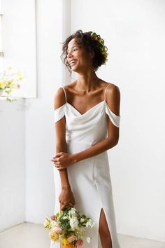 Samantha Sleeper is an award winning fashion designer and entrepreneur. Minimal Wedding Dress, Elegant Wedding Gowns, Wedding Dresses, Engagement Photo Inspiration, Engagement Pictures, Silk Gown, White Gowns, White Silk, What To Wear