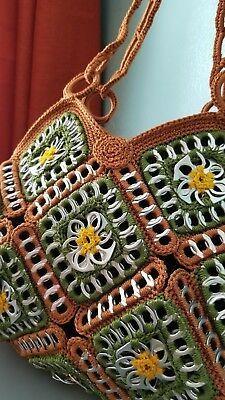 Crochet handbags 516928863477748407 - Tejidos con fichas Source by revedepatch Bag Crochet, Crochet Shell Stitch, Crochet Handbags, Crochet Purses, Soda Tab Crafts, Can Tab Crafts, Tape Crafts, Pop Tab Purse, Pop Tabs