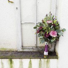 #bridalbouquet #brautstrauss #wedding #hochzeit #purple #lysianthus #dianthus #eucalyptus #lavender #lila #love #lovely #instaflowers #flowergram #blumenmädchenköln #cologne #florist #flowershop #liebefürimmer #heiraten