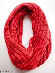 big red cowl knitting pattern (brioche stitch) by bridgette.jons