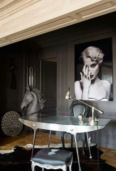 Home Office Decor | Patricia Kaas apartment in Paris