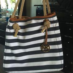 Michael Kors purse and wallet New Michael Kors Bags Shoulder Bags