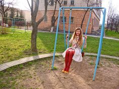 love the colorful swing set...