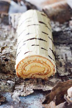 Recipe in Finnish Baking Recipes, Cake Recipes, Dessert Recipes, Desserts, Finnish Cuisine, Finnish Recipes, Yule Log Cake, Amazing Food Art, Christmas Baking