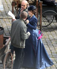 """From the """"Sherlock Holmes"""" movie -- The actor shot scenes for the upcoming crime caper alongside Rachel McAdams, who plays Irene Adler in the film Sherlock Holmes Robert Downey, Sherlock And Irene, New Sherlock Holmes, Robert Downey Jr, Victorian Gown, Victorian Costume, Steampunk Costume, Victorian Fashion, Movies In London"""