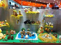 La #Vetrina del nostro negozio di #Rozzano per la #Pasqua!