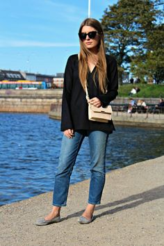 Outfit: Cropped Jeans and Bell Sleeve Blouse
