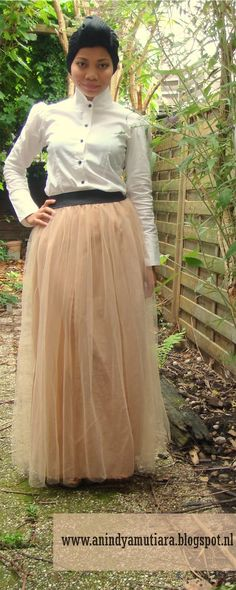 DIY tulle long skirt, this is so cute. anienessence: DIY: tulle maxi skirt