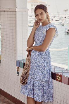 The Pick Me Midi Dress is a great midi length option in our blue and white classic floral print! A sweetheart style that has a smocked bodice and free flowing skirt with crochet lace trim and hidden back zipper. Church Dresses, Church Outfits, Modest Dresses, Modest Outfits, Modest Fashion, Cute Dresses, Casual Dresses, Fashion Outfits, Summer Dresses