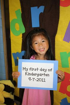 first day of school...great photos of ideas too!