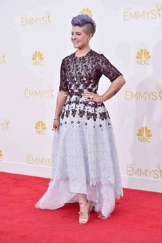 Kelly Osbourne   All The Red Carpet Looks From The 2014 Emmy Awards