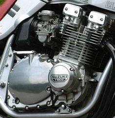 GSX1100SRエンジン