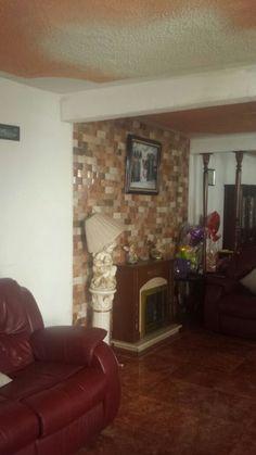 Se vende Hermosa casa en Cd. Azteca cuenta con sala, comedor, cocina, integral, cuarto de juegos y de servicio, Pregunta por ella.  CONTACTO: 68483301