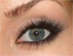 Love the natural look with a hint of smokey eye.