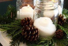 diy-christmas-table-centerpieces quick-and cheap Rustic Christmas, Simple Christmas, Winter Christmas, Christmas Wedding, Christmas Holidays, Christmas Crafts, Homemade Christmas, Christmas Candles, Beautiful Christmas