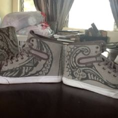 Vans shoes hand painted with Polynesian tribal designs made by sifa heimuli