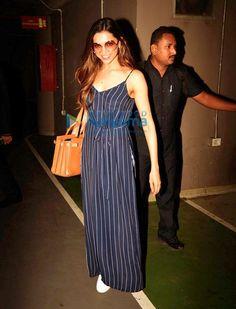 """[PICS] Deepika Padukone spotted at the Mumbai airport. Mumbai Airport, Weight Loss Workout Plan, Deepika Padukone, Kurti, Summer Dresses, Clothes For Women, Anime Art, Outfits, Clothing"