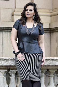 SAIA LÁPIS BEETLEJUICE Short Sleeve Dresses, Dresses With Sleeves, Beetlejuice, Lady, Fashion, Color Combos, Productivity, Blouse, Moda