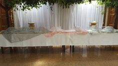 Bridal table with flower plinths