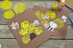 Bubble wrap becomes a sweet honey comb: a great craft for 3-year-olds and bigger kids, too.