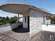 On the market: Robert Mallet-Stevens-inspired modernist property in Suresnes, near Paris, France - WowHaus Art Deco Fashion, Paris France, Building, Interior, Outdoor Decor, Contemporary Art, House, Inspiration, Image