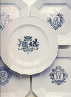 love a plate with a crest or mono