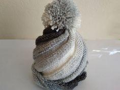 Čiapka so šikmými pruhmi a brmbolcom, fotopostup Knitting Socks, Knitted Hats, Crochet Baby, Diy And Crafts, Winter Hats, Handmade, Fashion, Long Scarf, Breien
