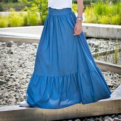 Skirt @mrsnoproblem Photo 📷 @fashionseba #skirt #blue #blueskirt #fashion #polishfashion #fashionblog #mrsnoproblem #maxi #maxiskirt