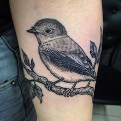 Lil bird engraving I did last week on @forestdreams :) #tattoo #wtt #woodcut #woodcuttattoo #etching #engraving #tattrx #ink #inkedblaq #iblackwork #inkstinctsubmission #onlyblackart #pointillism #stippling #dotwork #darkartists #lovettt #linework #bird #blxckink #blackink #blackwork #blackndark #blackworkers #blacktattooart #blacktattoomag #btattooing #blackworkerssubmission