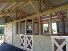 Woodys Barns - Barn Construction Contractor in Saint Cloud, Florida