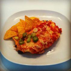 Enchilada's gevuld met kidneybonen, maïs en rijst