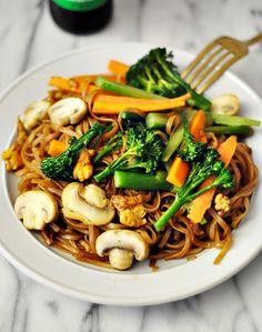 Pad See Ew Recipe | www.fussfreecooking.com