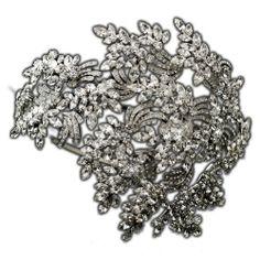 Dramatic Crystal Leaves Vintage Style Side Accented Wedding Headband Elegant Bridal Designs,http://www.amazon.com/dp/B00I7EM7MU/ref=cm_sw_r_pi_dp_W9w8sb0ZJWYPFMWZ