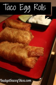 Taco Egg Rolls Recipe --~~> This has SO many flavors going on. ground beef and cheese + avocado and a little bit of lime all in one roll! Egg Roll Recipes, Great Recipes, Favorite Recipes, Recipes Using Egg Roll Wrappers, Mexican Food Recipes, Beef Recipes, Cooking Recipes, Recipies, Taco Egg Rolls