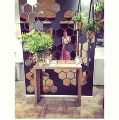 Hexagonal mirror tiles