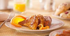 Three slices of french toast drizzled with syrup, next to bright slices of oranges. Caldwell House, Creme Brulee French Toast, Breakfast Pictures, Hudson Valley, Bed And Breakfast, Craft Beer, Breakfast Recipes, Dining, Syrup