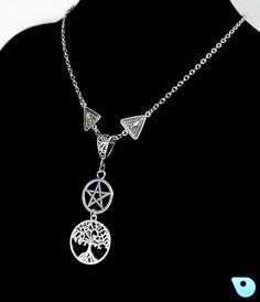 Wiccan necklace, Pentacle necklace, Pentagram necklace, Pagan necklace, Wiccan Jewelry, Wicca, tree of life, Yggdrasil, Altar, pagan. by CervelleDoiseau on Etsy
