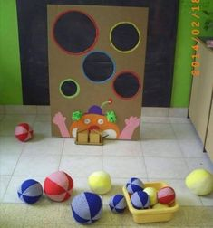 Fun Activities at Home for 2 Years Old Children games for kids Gross Motor Activities, Gross Motor Skills, Indoor Activities, Preschool Activities, Children Activities, Games For Kids, Diy For Kids, Help Kids, Diy And Crafts