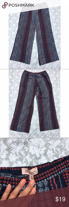 """Philosophy wide leg palazzo pants XL Excellent pre-loved condition! 100% poly. Elastic waistband and pockets. Approx 34"""" waist, 31"""" inseam. ✅offers❌trades/PP 💰bundles save 20% off 2+ Philosophy Pants Wide Leg"""
