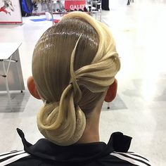 Perfectly styled hair is an important part of the overall look for ballroom dance competitors. Braided Hairstyles Updo, Latin Hairstyles, Funky Hairstyles, Girl Hairstyles, Updo Hairstyle, Dance Competition Hair, Ballroom Dance Hair, Dance Makeup, Bleached Hair