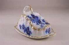 Henry Alcock English flow blue covered cheese dish with floral pattern