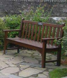 dřevo vhodné na zahradní nábytek