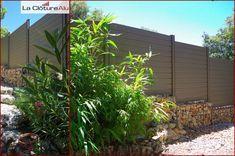 Notre Clôture Couleur Taupe se fond parfaitement dans un environnement végétal. Plants, Taupe Colour, Environment, Plant, Planting, Planets