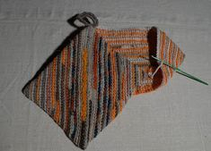 Minimalist Outfit Summer, Pot Holders, Fall Outfits, Scrap, Knitting, Diy, Crocheting, Inspiration, Accessories
